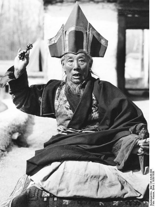 Монах, проживший 8 лет в   монастыре, закончивший обучение в Буддийском Университете  не знал даже и малой части того, что знают наши ученики!